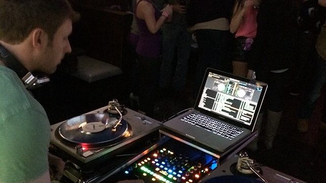 DJ Rehab at King Street Grille Northwoods